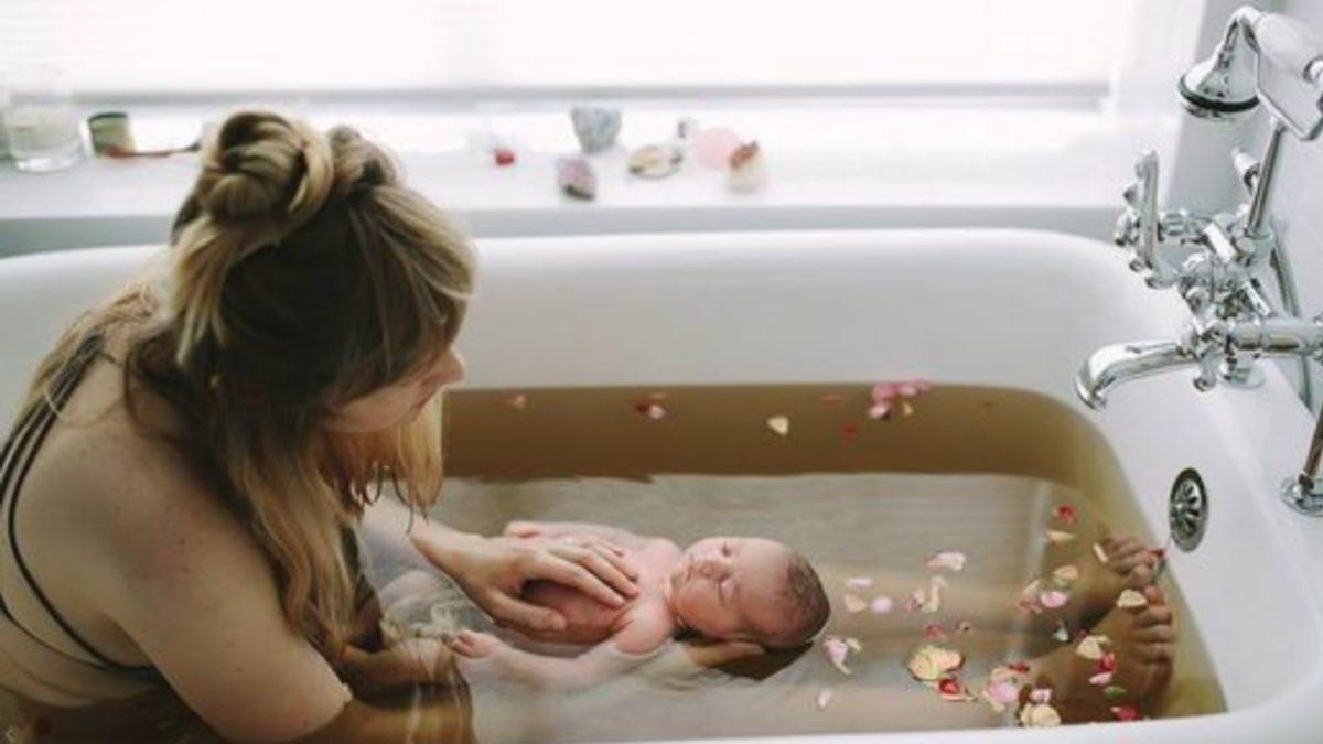 postpartum bath
